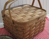 1940s Two Handled Pie Basket