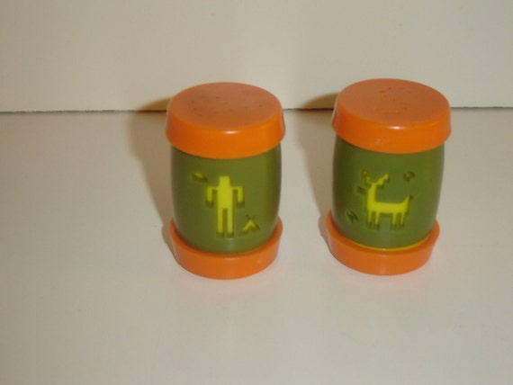 St. Labre Indian School Salt and Pepper Shakers, green, orange, yellow, retro, 1970s, collectible, TREASURY ITEM