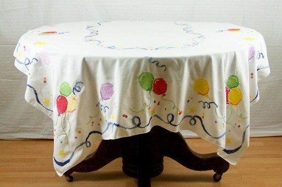 """Vintage Hand Embroidered Birthday Balloon 68"""" Rectangle Tablecloth"""