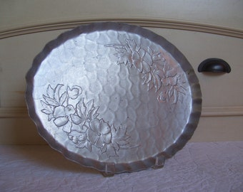 A Vintage Hammered Aluminum Oval Floral Pansy Tray