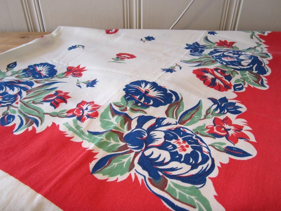 FREE SHIPPING - A Vintage 1950s Floral Tablecloth - Peonies and Petunias
