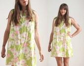 SALE 1960s floral tent mini dress