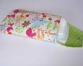 "Jilly and Joon Diaper Clutch w/ Pocket in ""Bella"" - Spring Flowers"