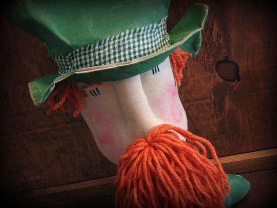 Leprechaun Sitter Primitive St Patricks Decor