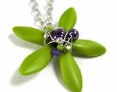 Flower Necklace - Chartruese Dagger