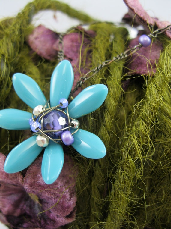Turquoise Daisy Flower Necklace