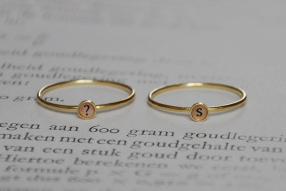 Set of two letter initial rings lowercase 18k goldplated