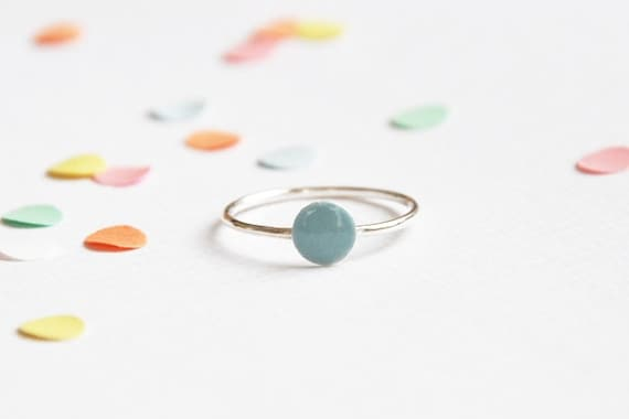 Confetti ring blue 'you only need one confetti to remember the party...' sterling silver