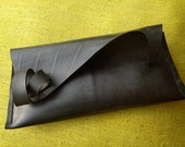 CURless : inner tube rubber clutch bag SALE 30% OFF