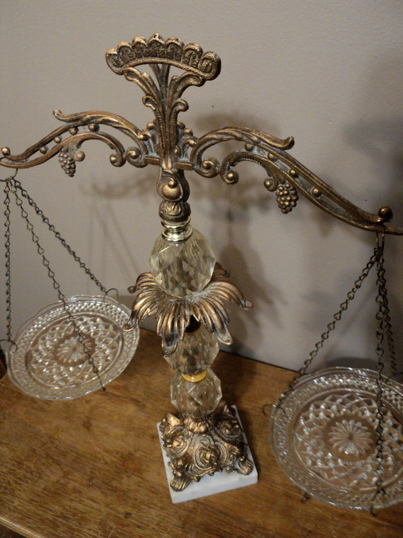 Vintage Decorative Crystal Bronze Balance Scale
