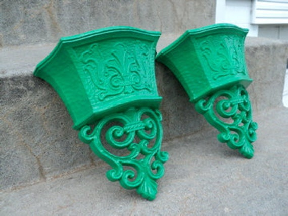 Kelly Green Ornate Wall Sconces/Planters Set