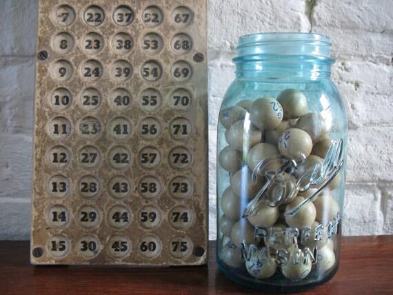 Vintage Bingo Balls - Wooden - Bingo Number Holder
