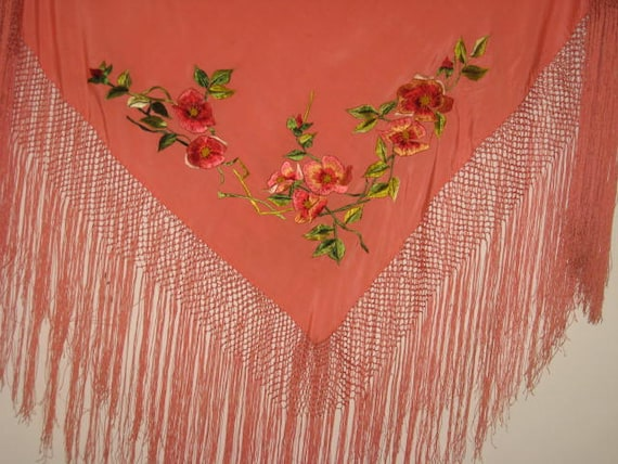Peach Silk Vtg Piano Shawl Long Fringe Embroidered Flowers