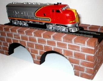 Train Arch Bridge for HO Scale Model Railroads, Birthday Party Favors, Cake Toppers