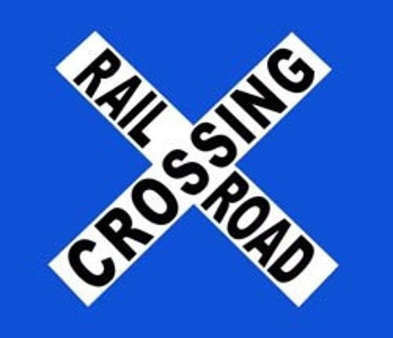 Railroad Crossing Tin Sign - 040 Crossbuck - Wall Decoration - Train Art