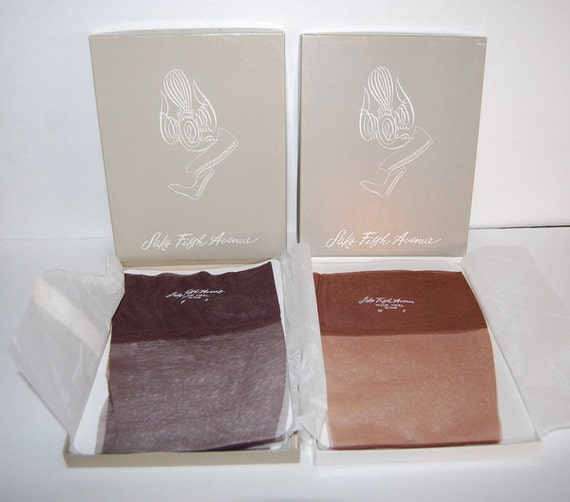 Saks Fifth Avenue Vintage Nylon Stockings 6 Pair Unused in Boxes