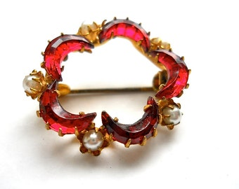 Vintage Edwardian Brooch Bohemian Red 1900s