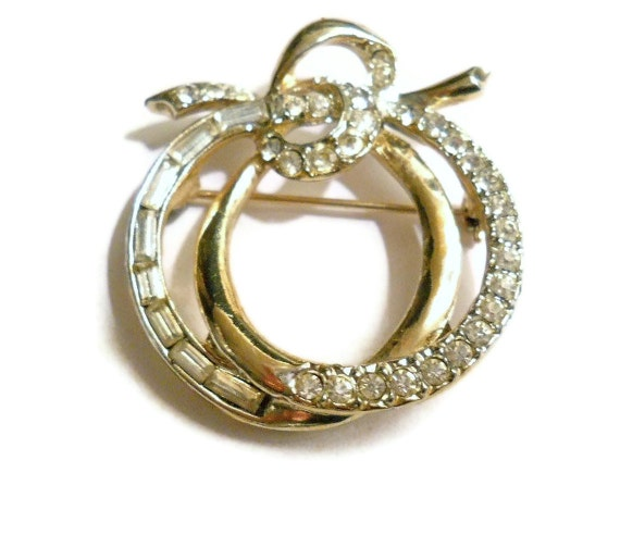 Vintage Weiss Pin Rhinestone Circle and Bow