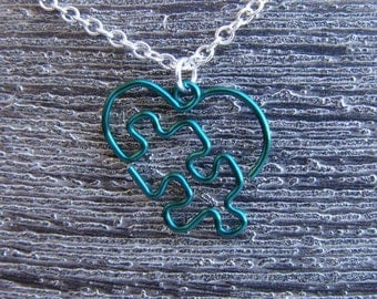 Puzzle Piece Heart Pendant - Small Forest Green