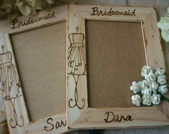 SET of 2 Bridal Party Personalized Frames Bridesmaid Maid of Honor Bride Groom Flower Girl Ring Bearer Perfect Gift for Rustic Chic Wedding