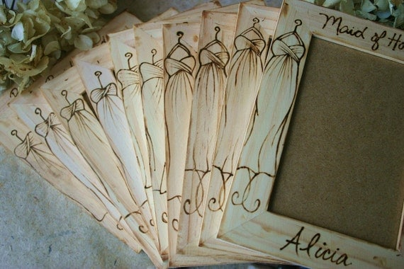 SET of 10 Personalized Gift Frames for Bridal Party Bridesmaids and Maid of Honor Flower Girls Junior Rustic Chic Cottage Country Style