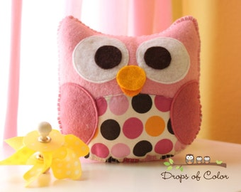 Owl Plush Felt Toy - Nursery Decoration - Party Favors - Miss Isabella The Owl