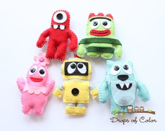 Five Felt Plush Toy Ornaments - YGG Monster, Robot, Aliens - Nursery Decor, Party Favor, Cake Topper