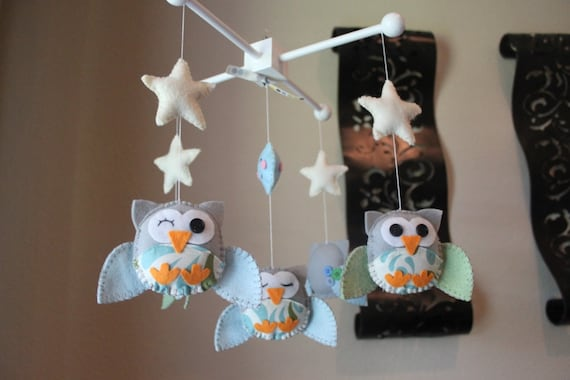 "Baby Crib Mobile - Baby mobile - Owl Nursery Mobile - Neutral Decor - ""Five little owls in the night"" (You can pick your colors)"