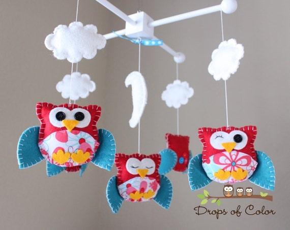 Baby Crib Mobile - Baby Mobile - Nursery Owl Mobile - Crib Mobile - Owl Clouds Nursery Decor - Kids Room (You can pick your colors & Fabric)