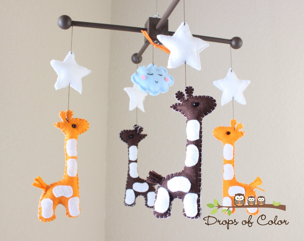 baby mobile baby crib mobile nursery giraffe mobile. Black Bedroom Furniture Sets. Home Design Ideas