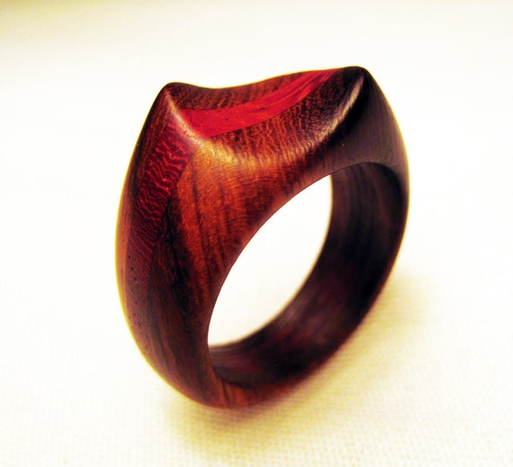 Ironwood and Padauk Wood Ring - Twisted Shape