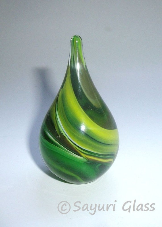Paperweight / Ring Holder - Assorted Green Swirl : DISASTER RELIEF