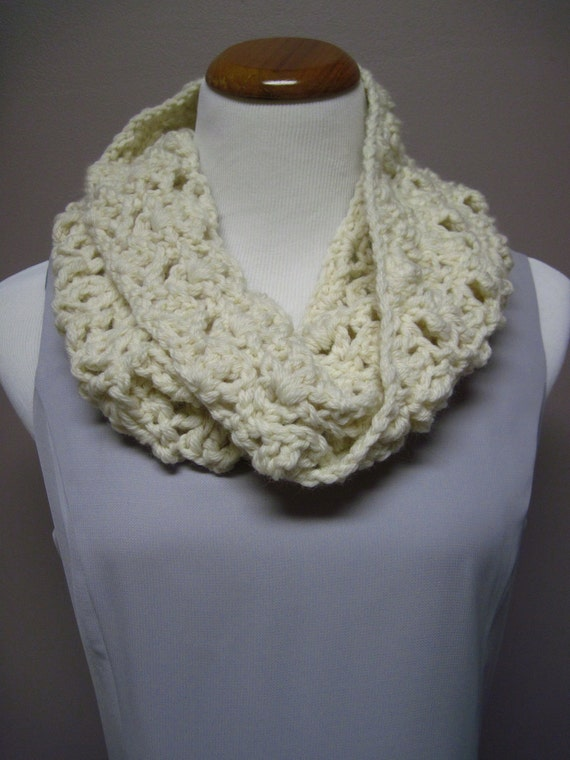 Cowl - Soft 100% Wool - Lacy Crochet - Creamy Winter White