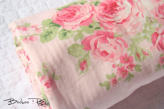Chenille Baby Blanket  ROSE BOUQUET in PINK  by BoobooAndReg