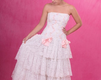 SALE - Vintage 1980's Loralie Orginals Tiered White Lace Drop Waist Strapless Bridal Prom Dress Size Small