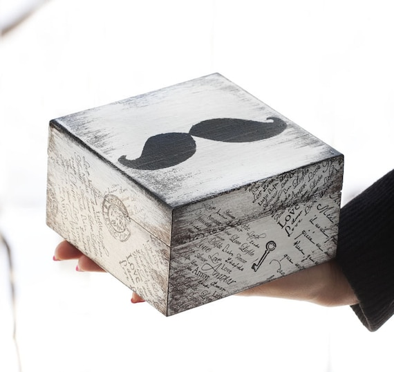 Wooden box with a mustache. Dimensions - 4.7 / 4.7 / 2.7 ""
