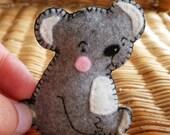Bear pin felt brooch