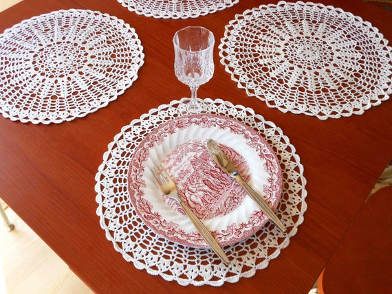 "Handmade Doily Crochet Placemat Set of 2 - Ivory - Round 13.4"" / 34cm"