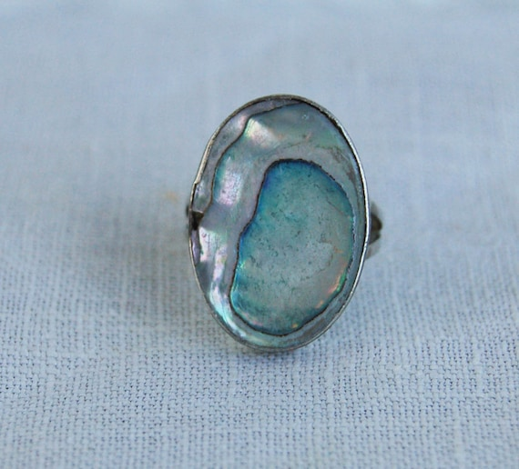 Vintage Mother of Pearl Ring Mexican