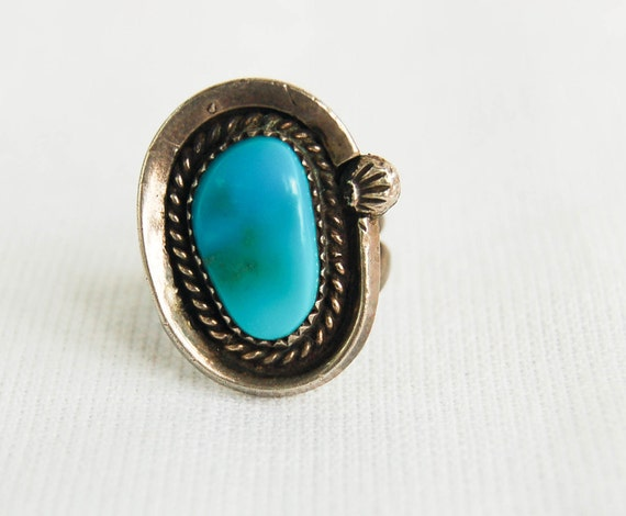 Vintage Turquoise Ring Navajo Silver Harnessed Sky