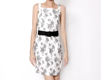 Vintage White Dress with black Flowers