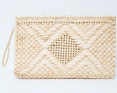 Vintage 1970s Straw Rectangle Clutch Purse - Wristlet Handle - Spring Summer Fashion - Medium size