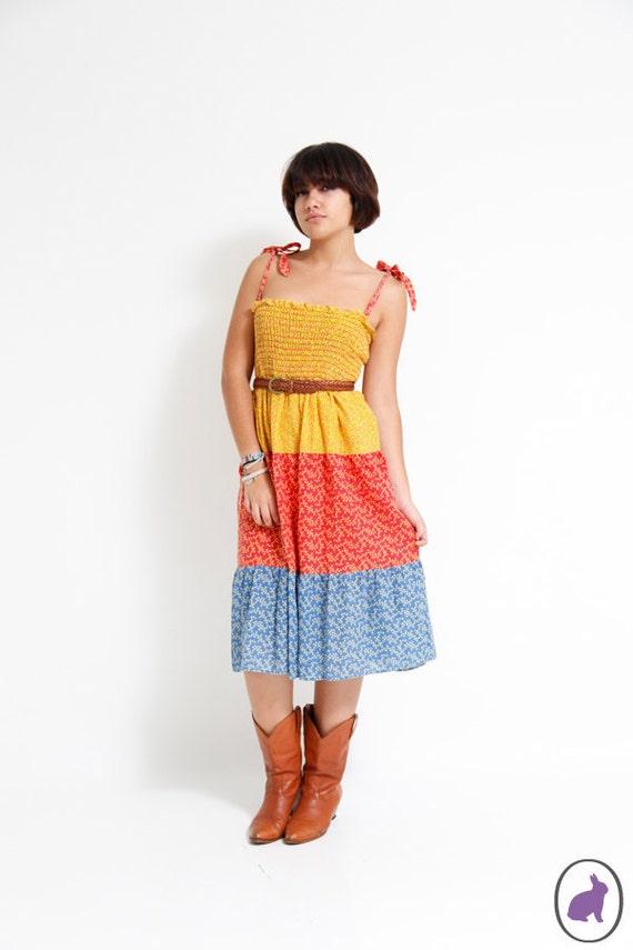 Vintage 70s Floral Smocked Dress - Hippie Boho Red Yellow Blue Sun Dress - Spring Summer Fashion