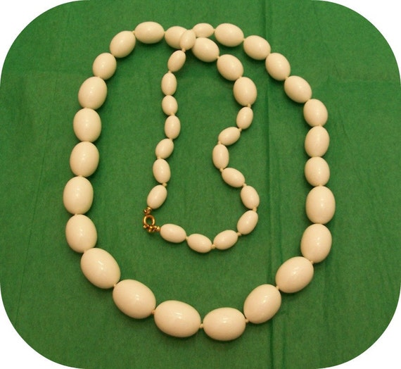 Vintage Trifari White Beaded Knotted Necklace, Signed, 1950's