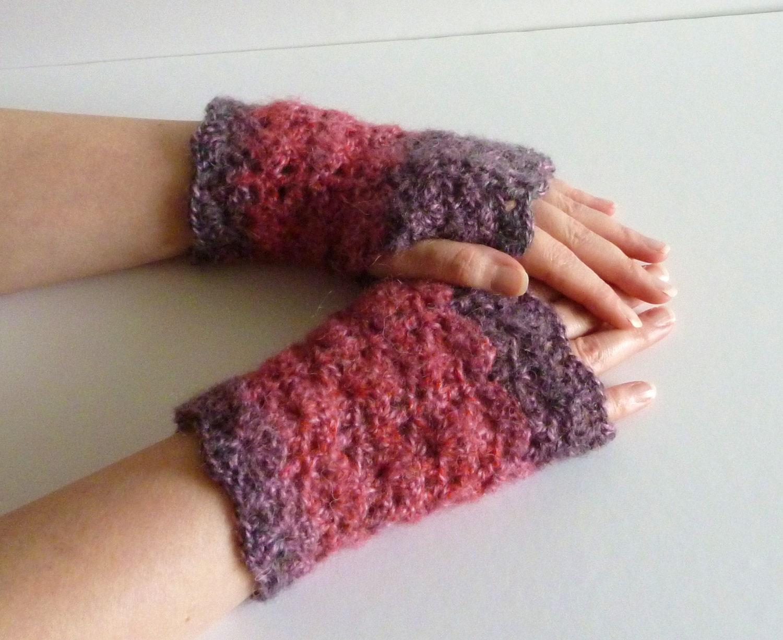 Crochet pattern wrist warmers fingerless gloves shell stitch crochet pattern wrist warmers fingerless gloves shell stitch pdf tutorial easy bankloansurffo Image collections