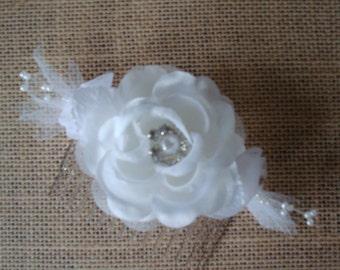 White Rose Hair Comb-Organza-Silk-Rhinestone-Pearls-Bridal Hair Fascinator-Prom-Parties.