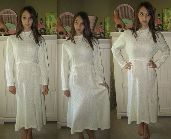 Felicity... Vintage 70s Boho Chic Open Weave Crochet Pointelle Sweater Dress L XL