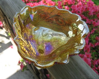 Loganberry Pattern Triangular Shaped Bonbon Dish by Indiana Glass Company ... Price cut! Was 12 now 7!