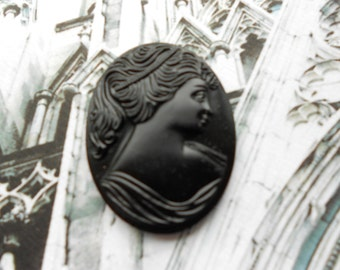 Vintage Cameo Lady Matte Black Glass 40x30mm