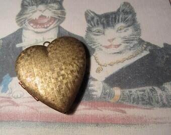 Large Vintage Brass Heart Locket Basketweave Design Front And Back